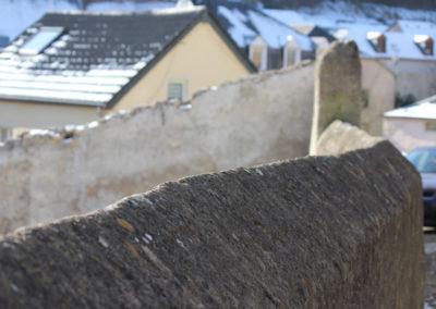 Larochette, Mur de jardin - 2